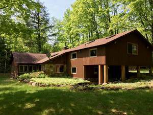 Vacation Homes for rent in Hayward - Moose Landing