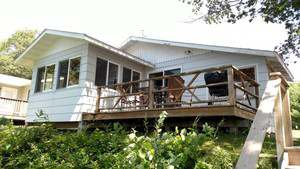 Vacation Homes for rent in Hayward - Bear Bungalow