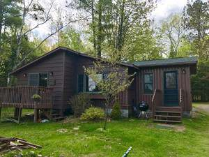 Vacation Homes for rent in Hayward - Tamarack Cabin