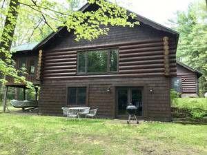 Skeeters Point Lodge 2