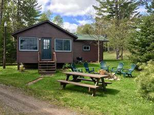 Vacation Homes for rent in Hayward - Aspen Cabin