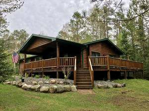 Vacation Homes for rent in Hayward - Tall Pines Lodge
