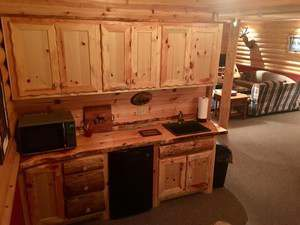 Tall Pines Lodge 8
