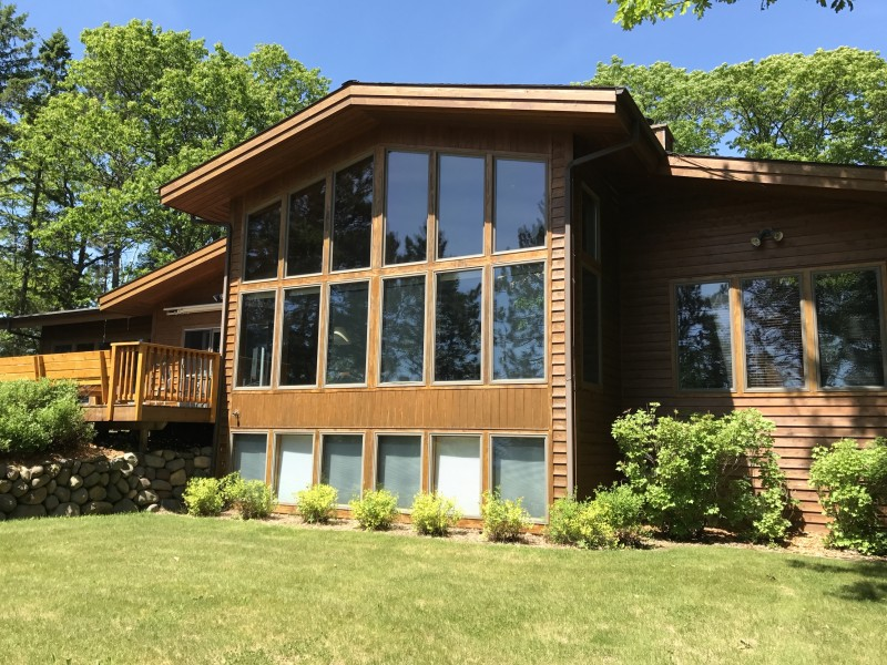 Vacation Homes for rent in Hayward - Lost Loon Lodge